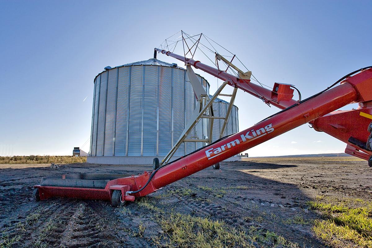 Farm King- BackSaver Auger