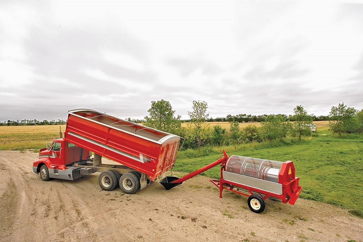 Farm King- Grain Cleaner